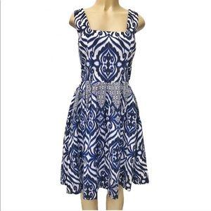Eva Mendes blue and white print dress